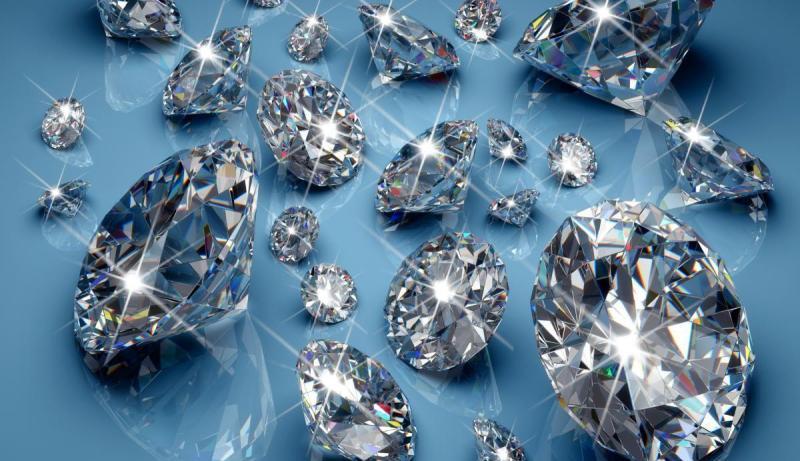 камень бриллиант фото