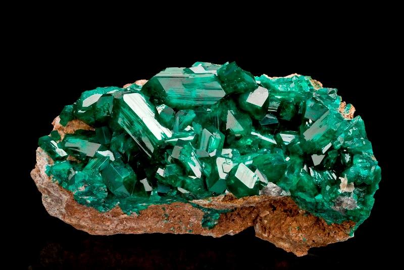 Описание и свойства минерала диоптаз