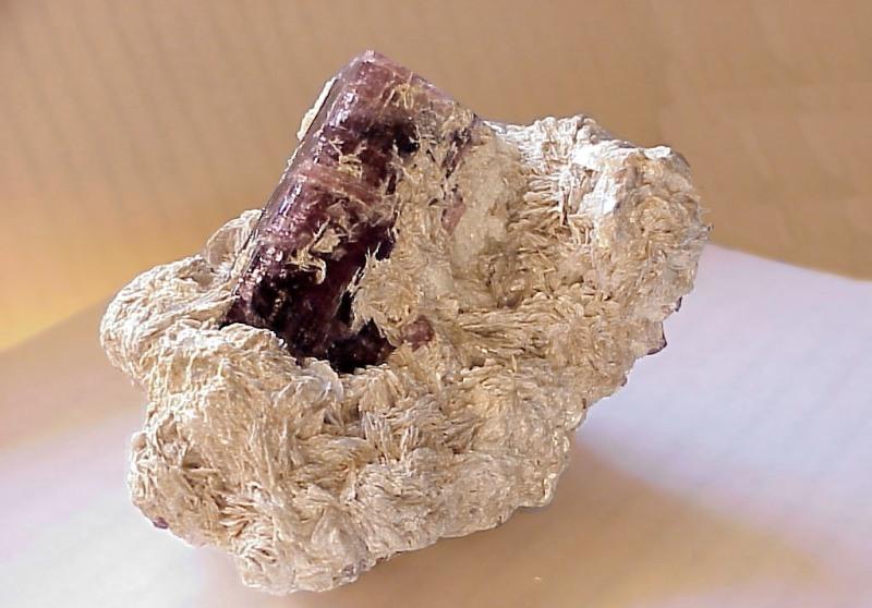 Минерал рубеллит