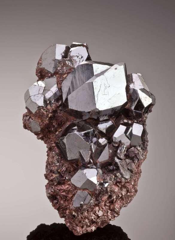 Необыкновенный камень рутил