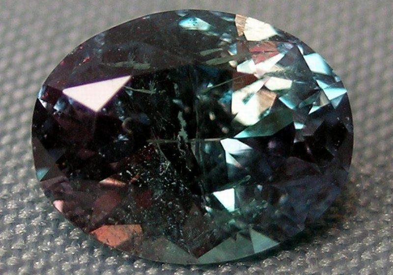 Волшебный камень александрит