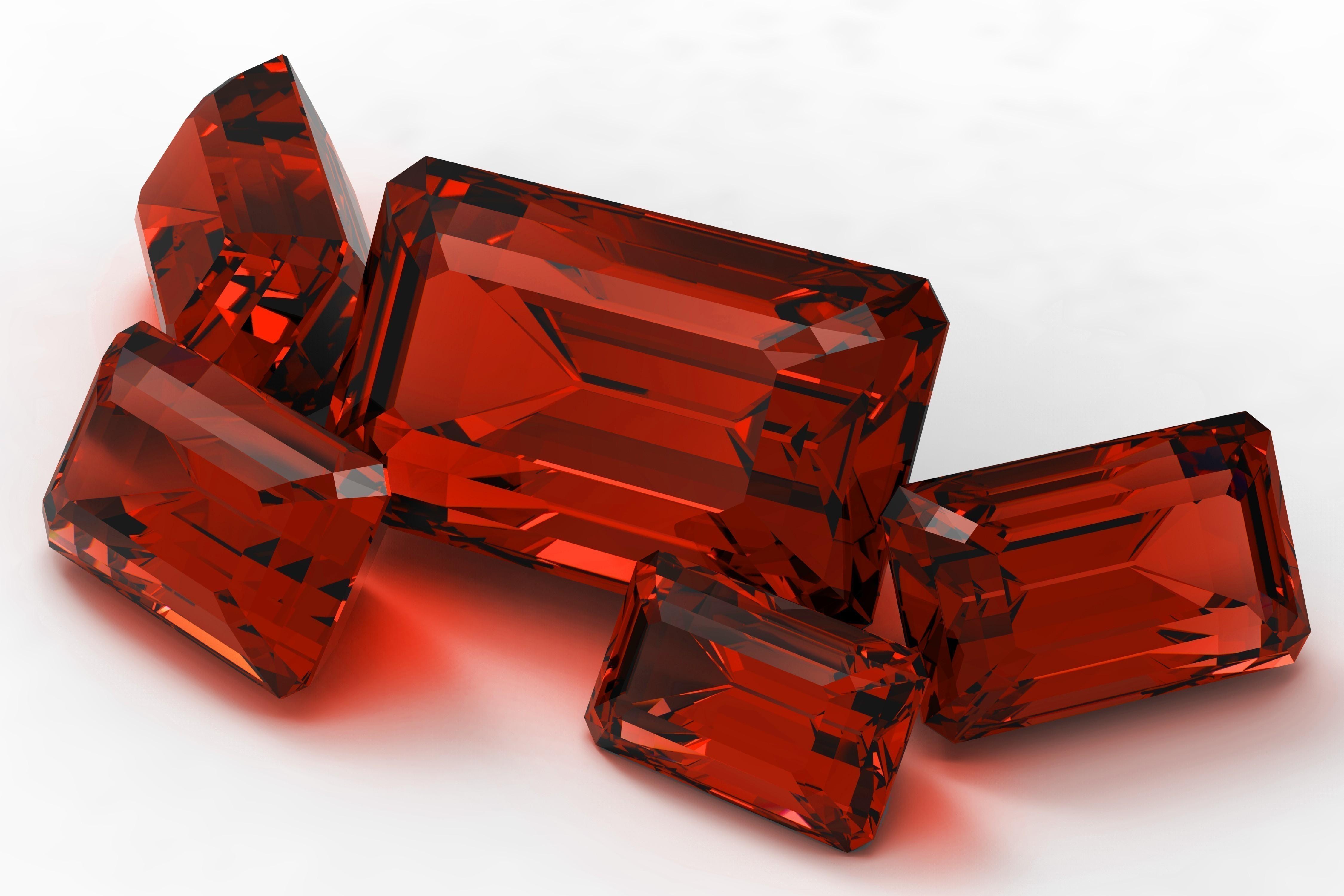Ювелирный красный камень - разновидности самоцветов