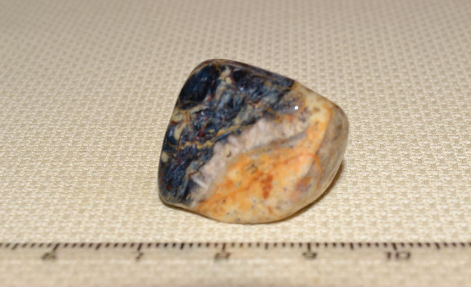 Что собой представляет камень петерстит?
