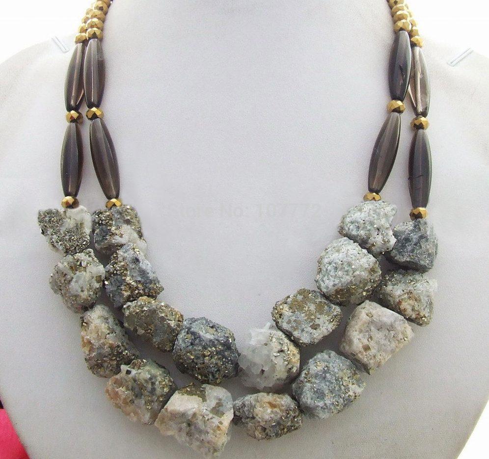 Древний камень халькопирит