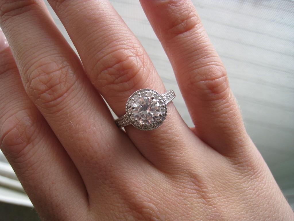 Что такое белый камень и какие его разновидности существуют?