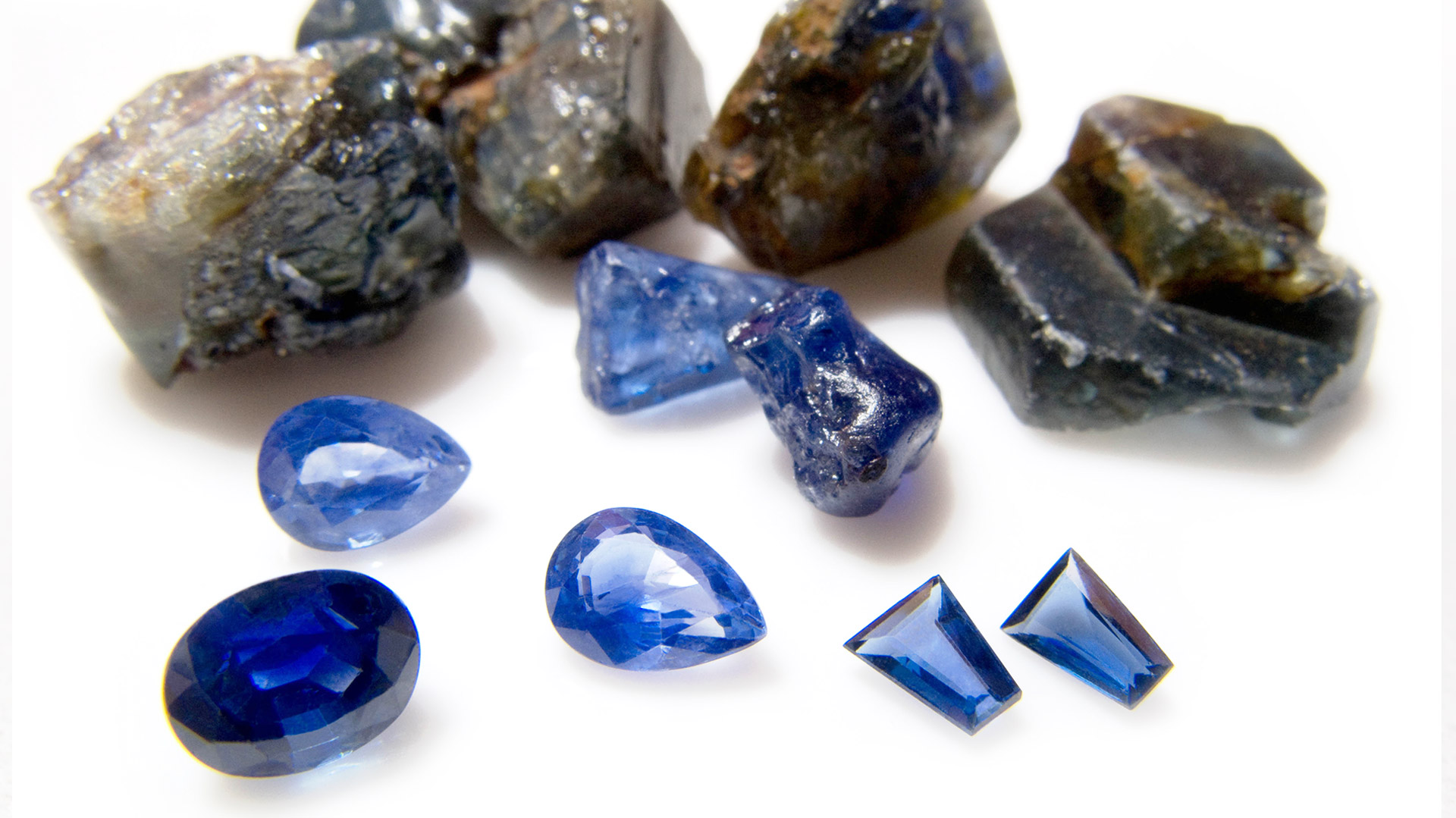 Какой камень подходит в качестве талисмана Козерогу?