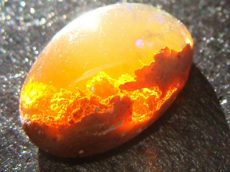 Какие камни подходят для Весов